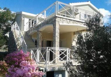 2 этажная вилла в поселке Suntime