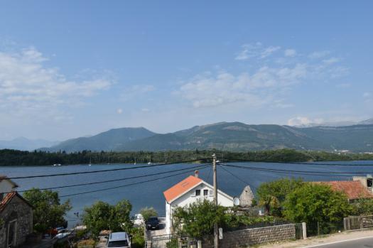 Просторная квартира с отличным видом на море, Бечичи Djurasevici