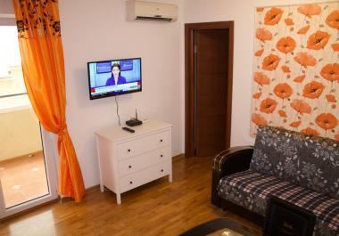 Квартира в Veli Vinogradi с верандой и земельным участком в 300 метрах от моря