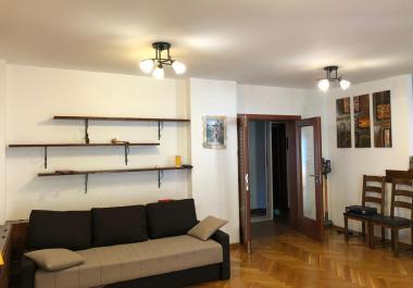Квартира в Будве 98 м2, 3 спальни, 2 ванные комнаты, 2 террасы