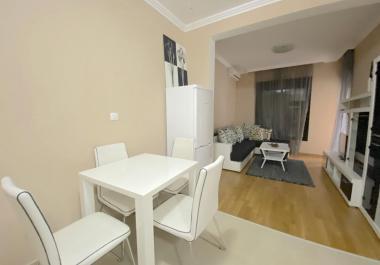 2-комнатная квартира в Бечичи в 350 м от моря