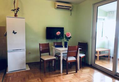 Квартира 42 м2 в Будве с видом на море для круглогодичного проживания или сдачи в аренду