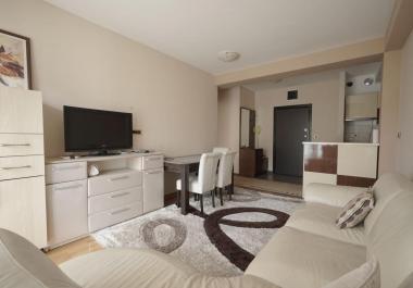 2 комнатная квартира 54м2 в Будве рядом с морем с подземной парковкой