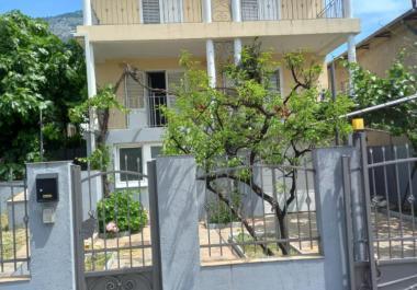 4-этажная вилла для аренды бизнеса в Баре рядом с морем